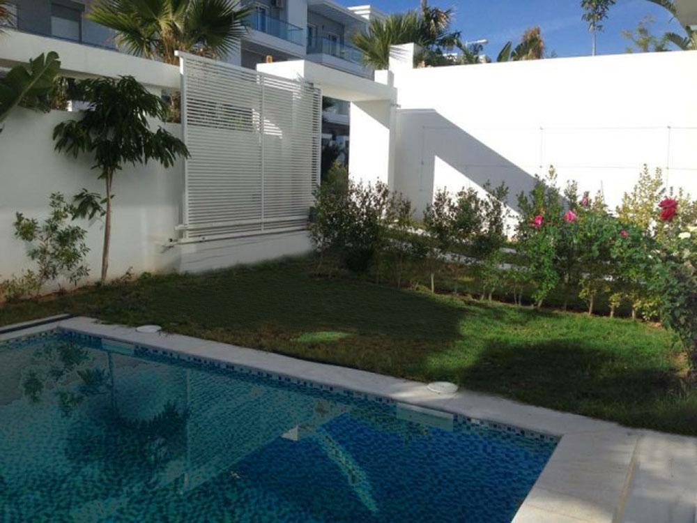 Villa neuve avec piscine for Villa neuve